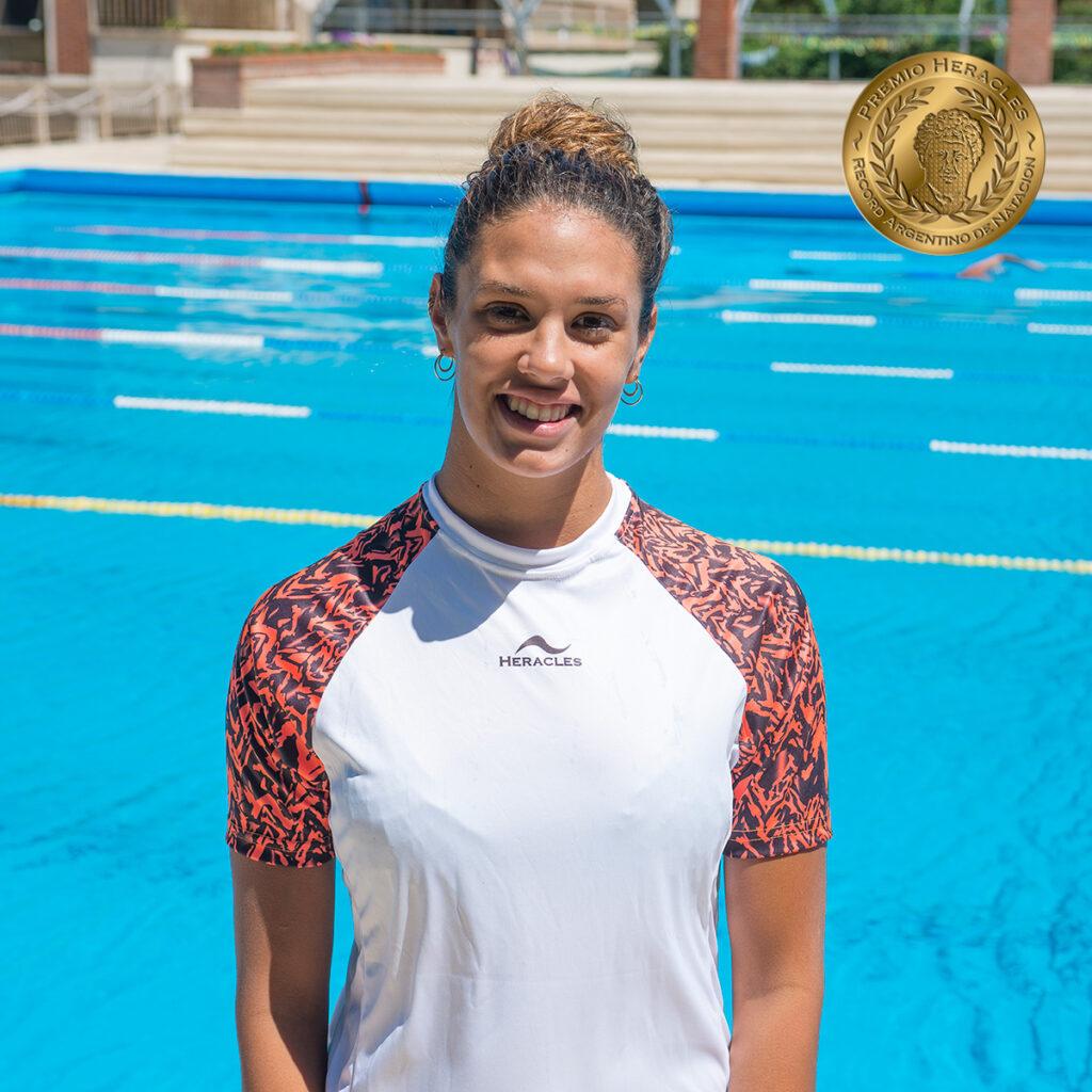 Macarena Ceballos de la Selección Argentina de Natación bate récord nacional en mariposa.